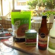 自家製コンブチャ(発酵茶)を醸造スタート!